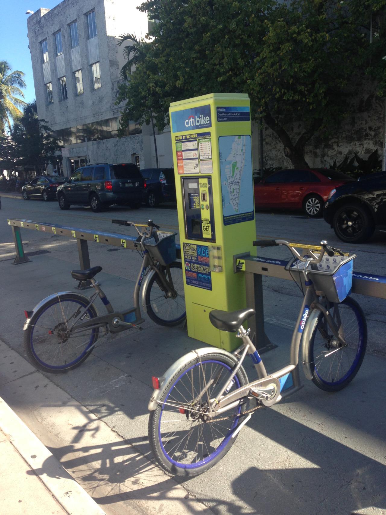 Zwillingsratgeber bikesharing_miami Miami Beach - 10 MUST-DOs für Reisende